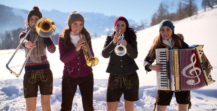 EUSALP Fotowettbewerb Us & The Alps - Brassband Blechbixn macht Laune